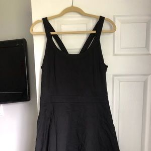 That perfect little black dress (with pockets!)